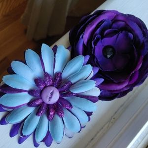 Flowered Hair Clips (lot of two)